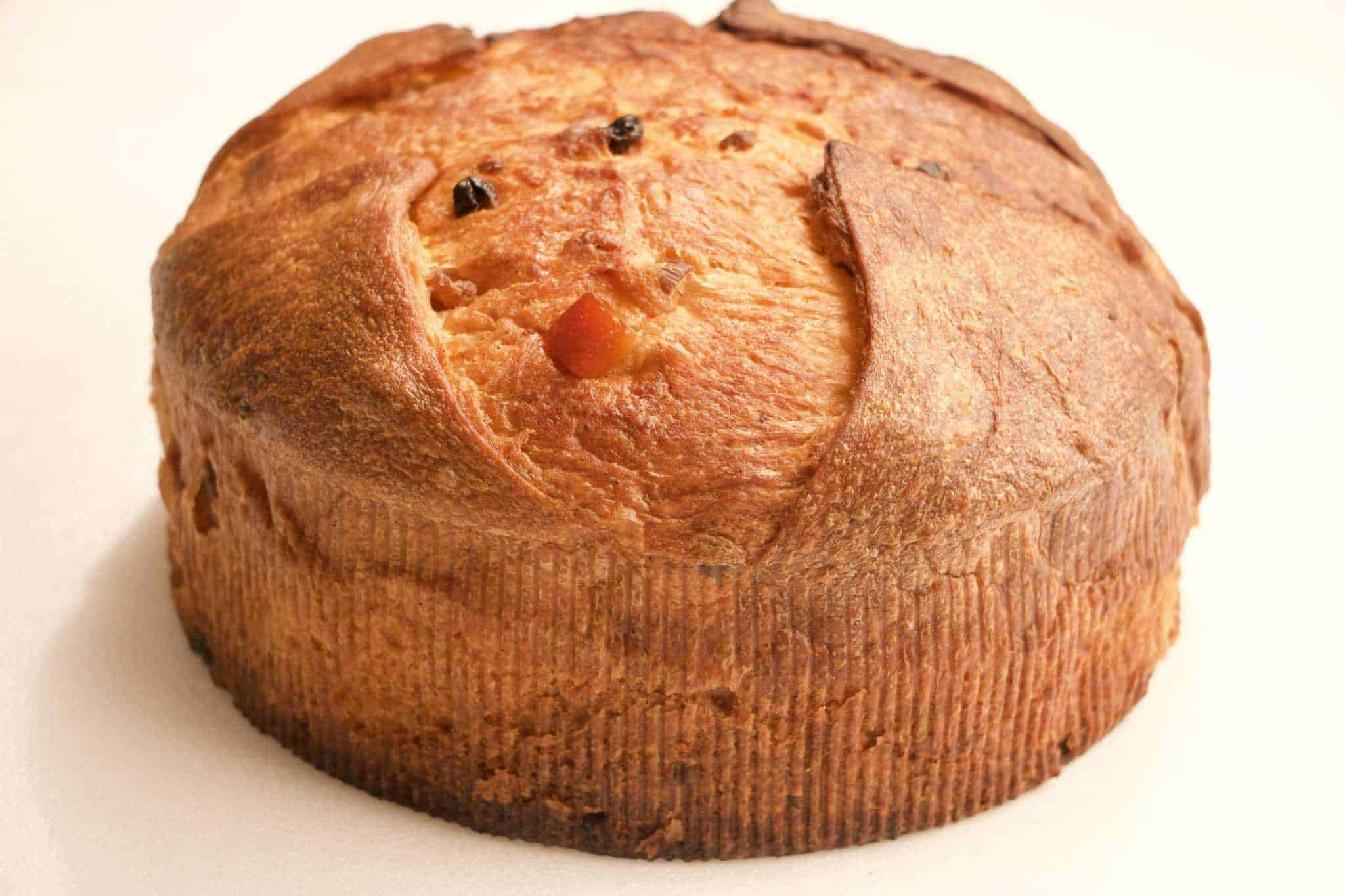 Image of the traditional Italian Panettone made with yeast