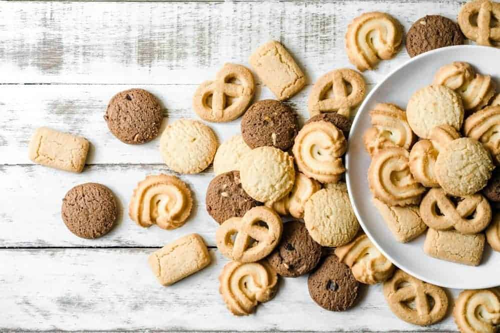 Image of cookies made with the whipped shortcrust pastry on Biancolievito