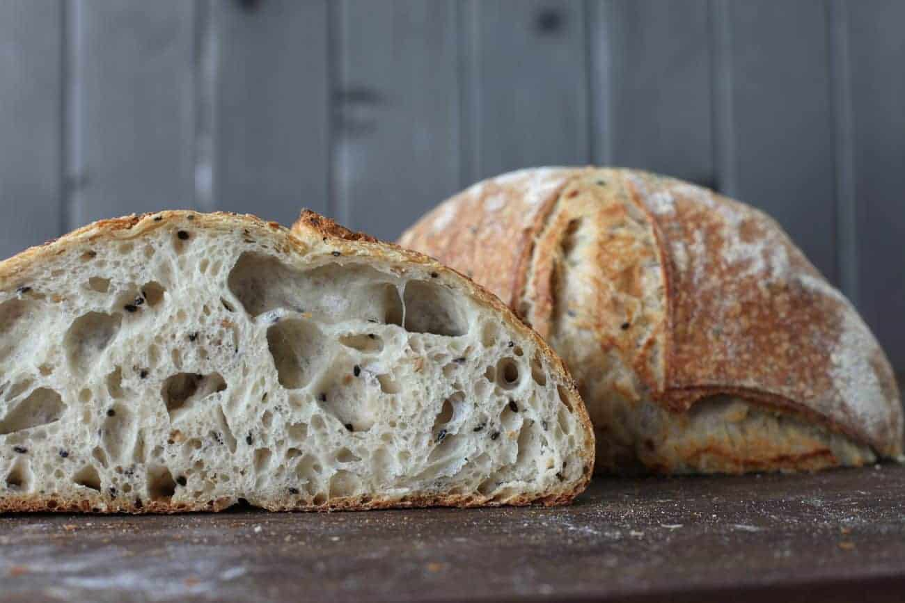 Image about how to make bread at home on Biancolievito