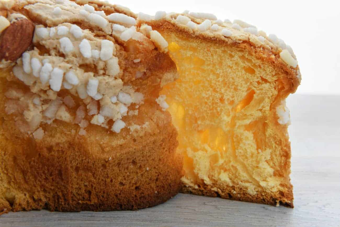 Image of the italian Easter Colomba